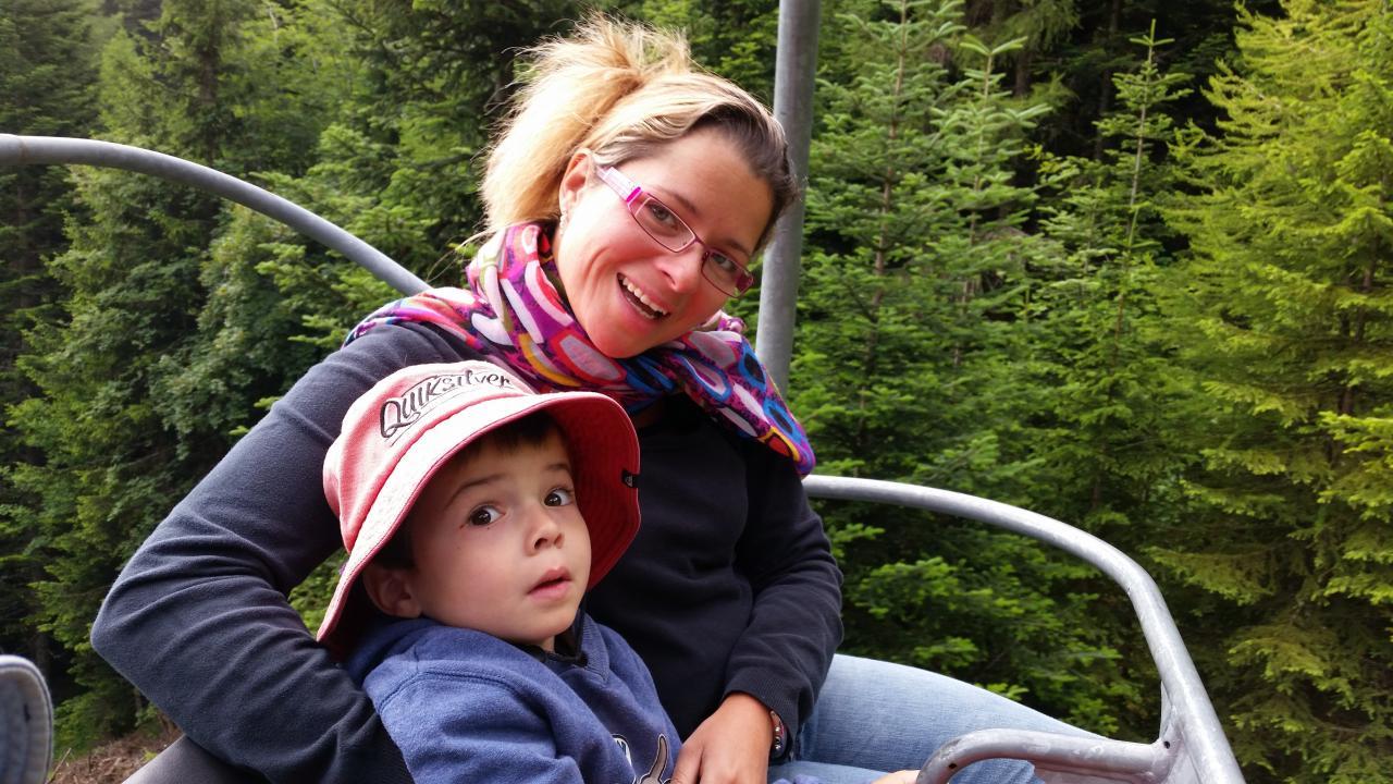 Maman et Louis sur le télésiège 2014