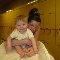 2010.08 Maman et Clément aux bains